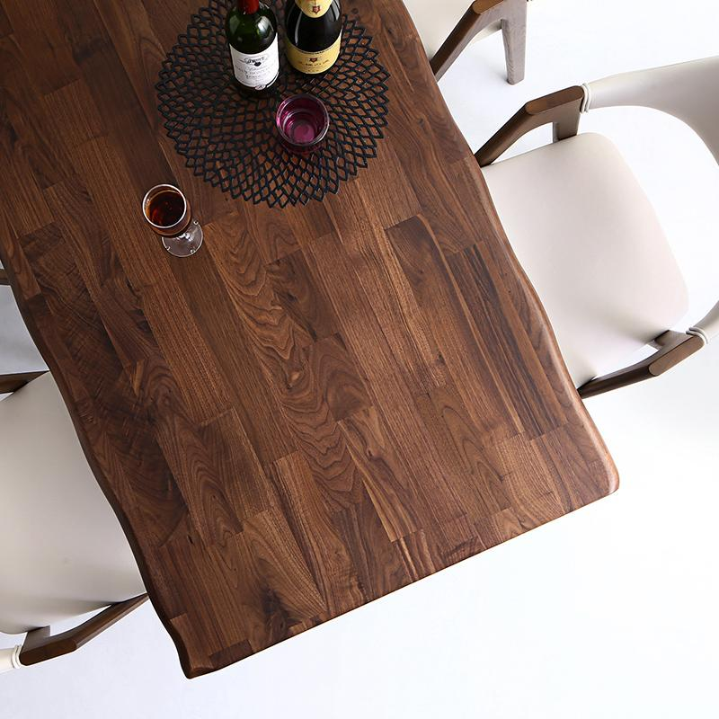 500044989 g 0002 m 5 - ついに同居生活スタート!選択すべきダイニングテーブルのサイズとは