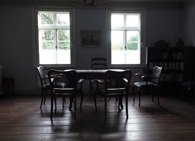 retro 2165835 640 - ヴィンテージ家具の魅力とは?