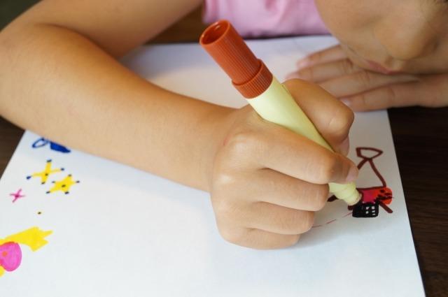 201906 desk - 子供の机&椅子の選び方。勉強好きになった我が家の方法