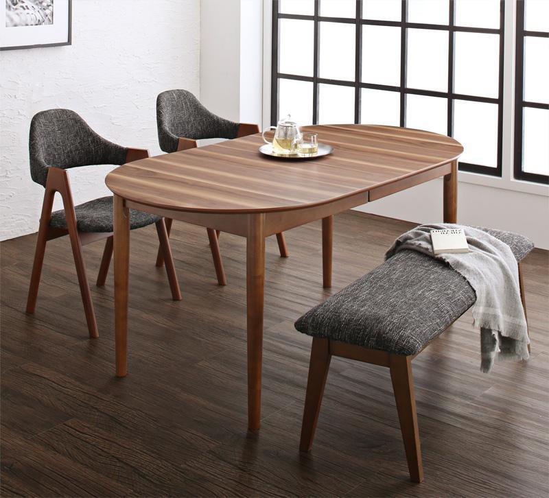 500045553 g 0022 m - ついに同居生活スタート!選択すべきダイニングテーブルのサイズとは