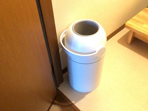 gomibako - もう臭わない&オシャレ!おむつ用ゴミ箱。使った感想をご紹介!