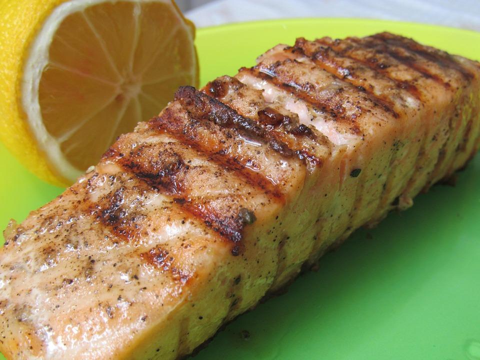 salmon 1025193 960 720 - 【家事ヤロウ】和田明日香の絶品朝食レシピ!芸能人の愛用道具・調味料公開!3hSP