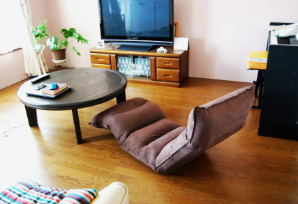 2020 06 11 12h04 12 - 【楽っ!】省スペースで快適な座椅子おすすめ6選!在宅勤務・テレワーク・腰痛対策にも