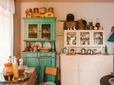 2020 06 04 11h14 49 400x300 - 食器棚はアンティーク家具がオシャレ! 収納の選び方&おすすめインテリアショップ紹介