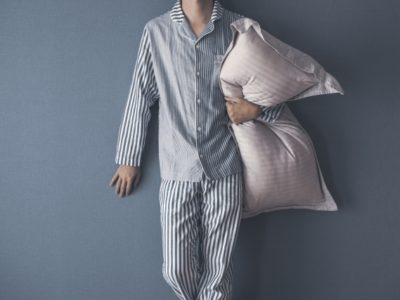 2158626 s 400x300 - 腰痛対策&妊娠中にも!【おすすめ抱き枕8選】快適な睡眠を手に入れよう